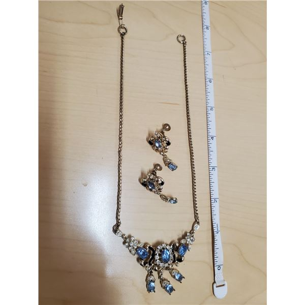 Antique necklace and earrings (blue)Coro