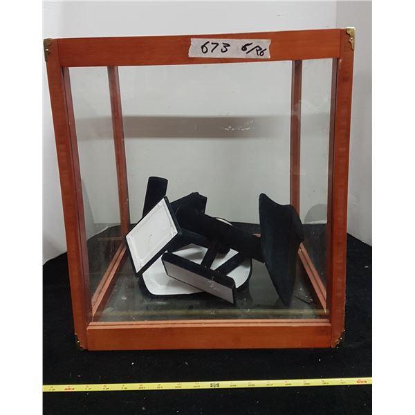 "Display Cabinet & Accessories 16"" X 16"" 19"""