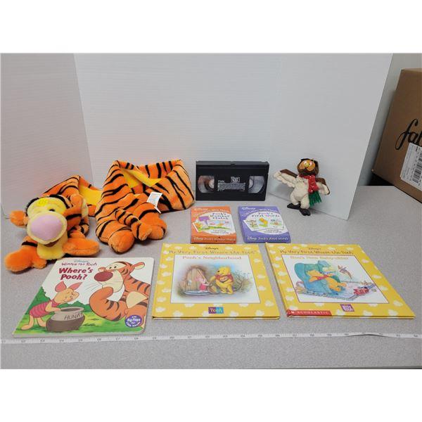 Disney Winnie the Pooh items - 8 pieces