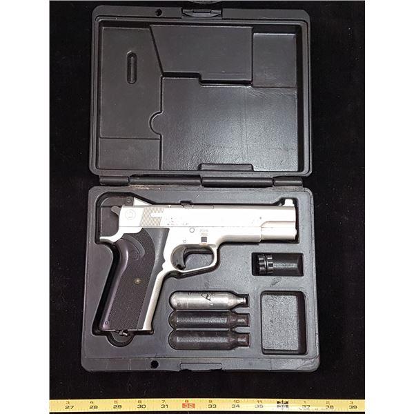 Crossman .177 Cal Pellet Gun