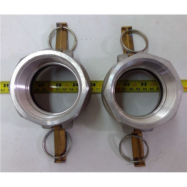 2 Water Hose Couplers