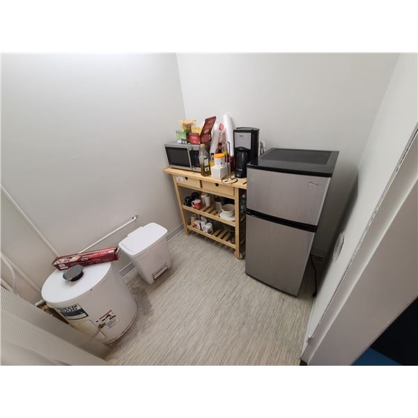 CONTENTS OF LUNCHROOM INCLUDING MAGIC CHEF MINI FRIDGE, DANBY MICROWAVE, DELONGHI COFFEE MAKER,