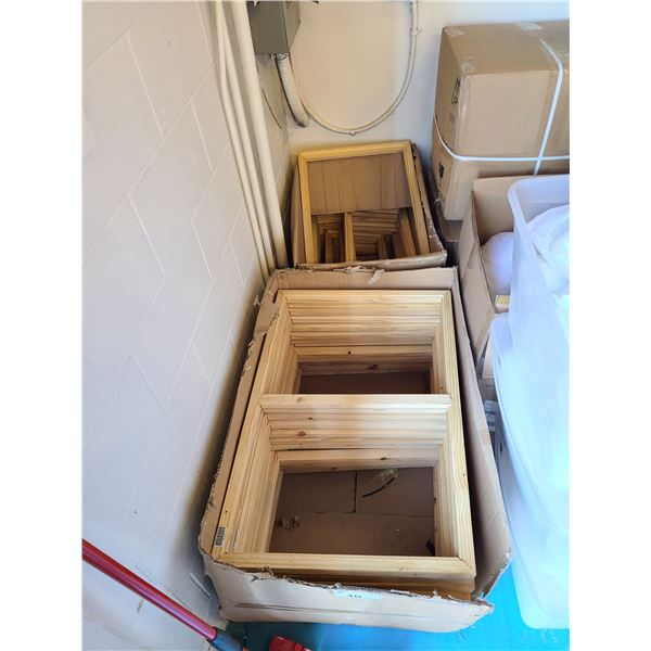 2 LARGE BOXES OF ASSORTED SIZED NATURAL NEW ZEALAND PINE PROFESSIONAL ART FRAMES