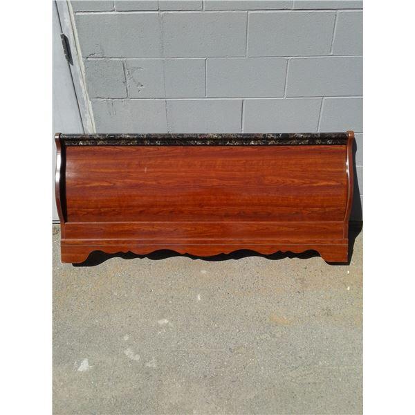 Queen - Sleigh Bed Footboard x 1