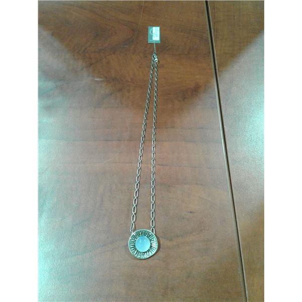 Chalcedony Stone Pendant & Chain × 1