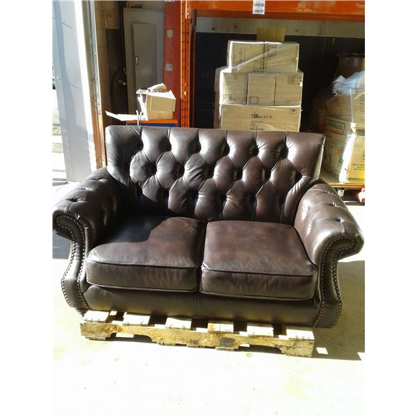 Leather Love Seat (Missing a leg and some damage) x 1