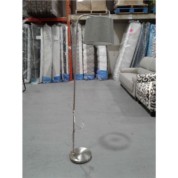 Single Bulb Floor Lamp x 1 pc