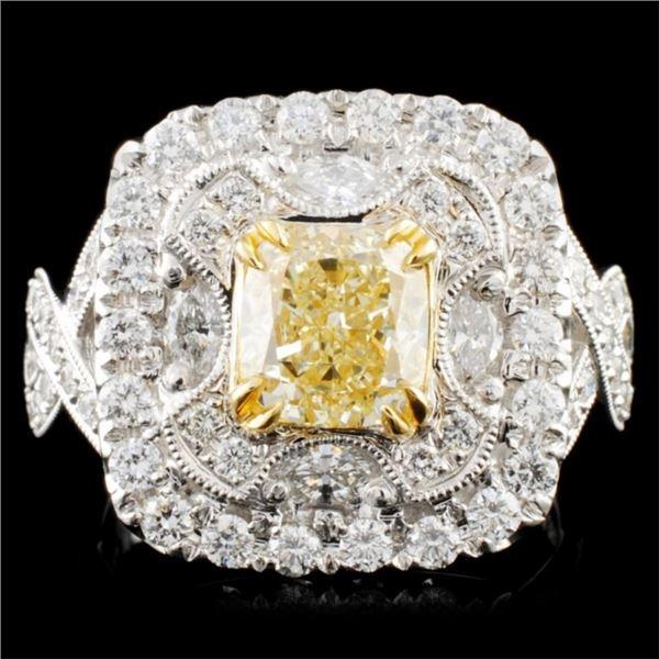 18K Gold 2.87ctw Fancy Diamond Ring