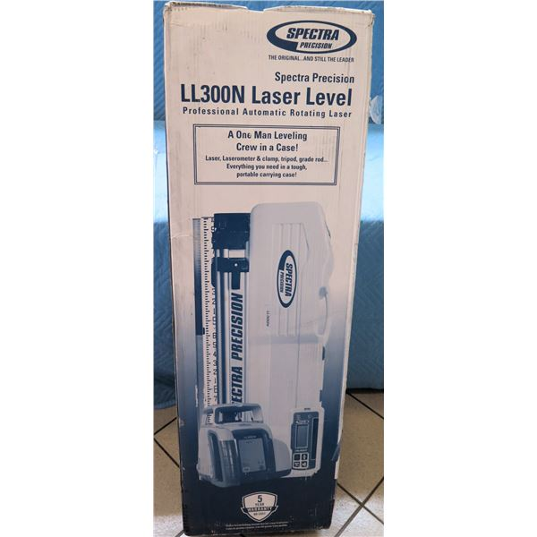 Spectra Precision Professional Laser Level Model LL300N-2 New in Box