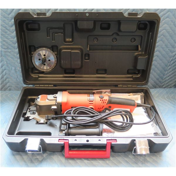 BN Products Steel Shark Cutting Edge Saw Max Speed 2000 RPM in Hard Case