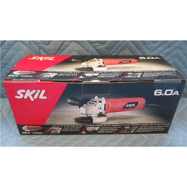 """Skil 4-1/2"""" (11.4cm) Angle Grinder Model 9295-01 New in Box"""