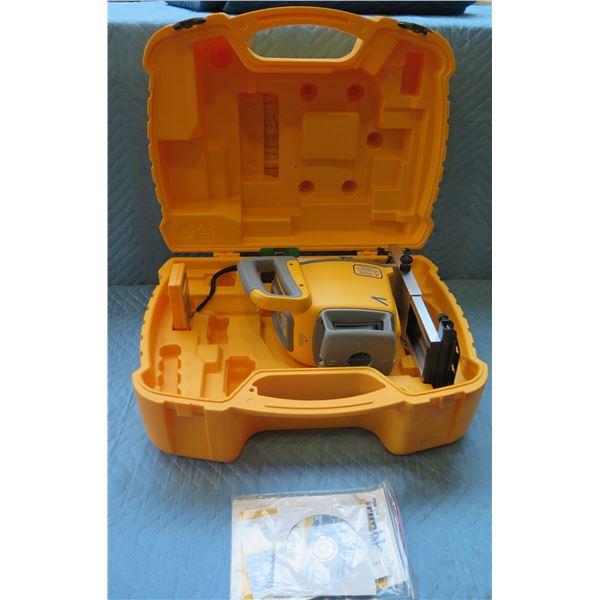 Trimble Radio Remote Control Laser Light Model RC402N in Hard Case
