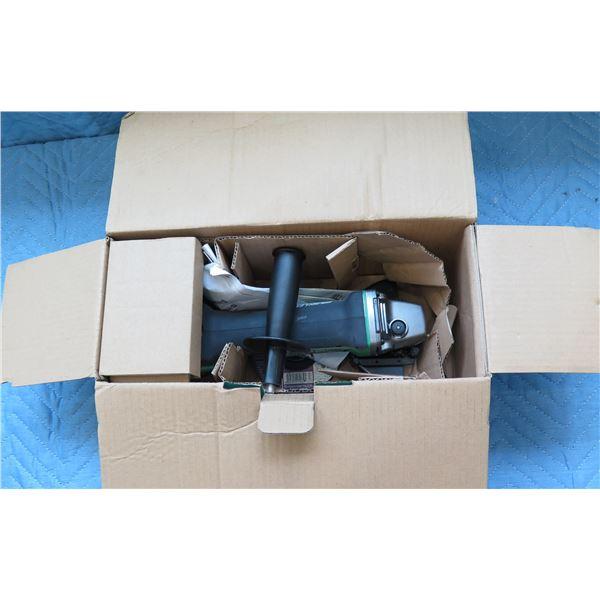 "Hitachi 4-1/2"" 115mm Cordless Disc Grinder Model G18DBAL New in Box"
