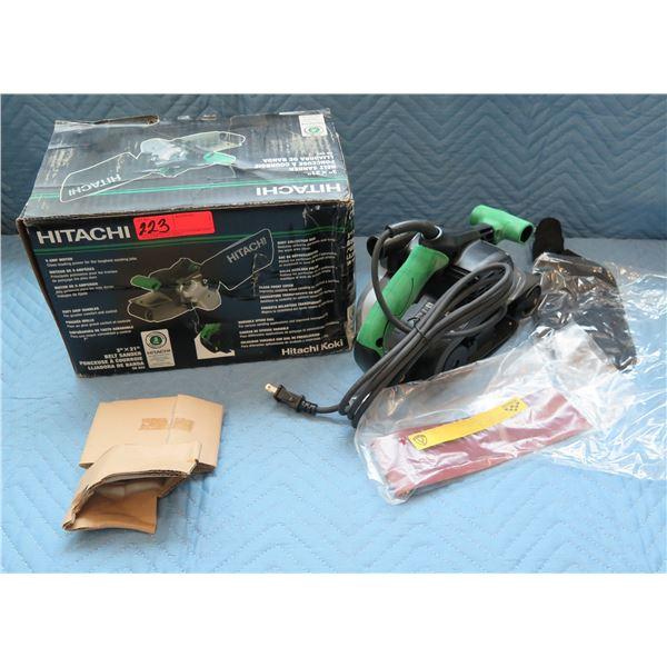 """Hitachi 3""""x21"""" Belt Sander Model SB8V2 New in Box"""