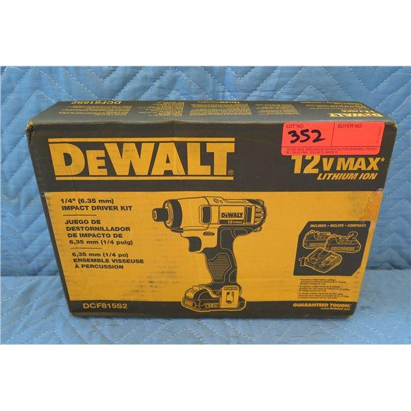 "DeWalt 6.35mm 1/4"" Impact Driver Kit Model DCF815S2 New in Box"