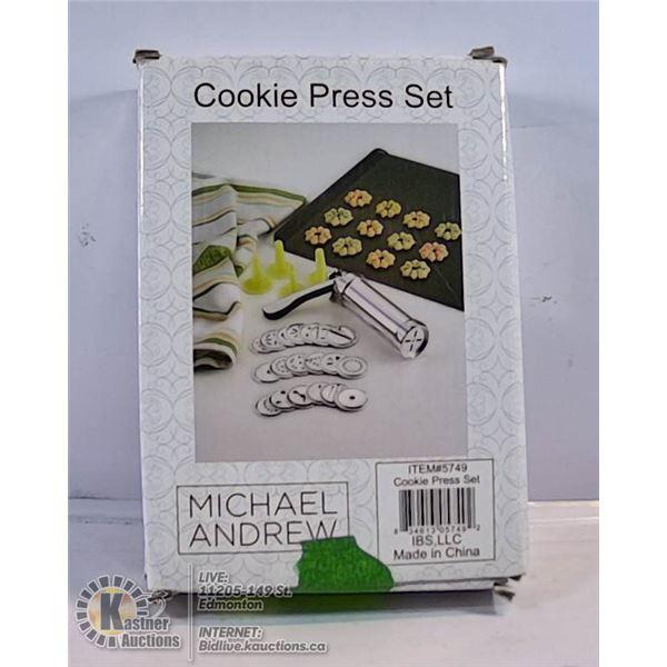 MICHAEL ANDREWS COOKIE PRESS SET
