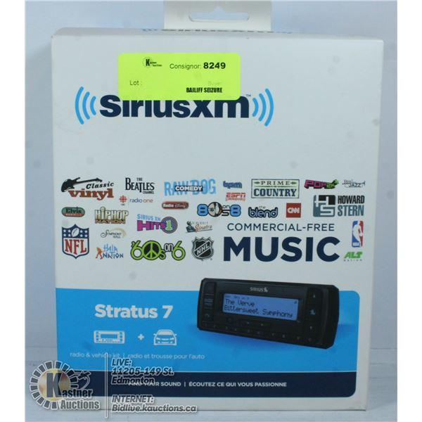 IN BOX SIRIUSXM STRATUS 7 RADIO AND VEHICLE KIT