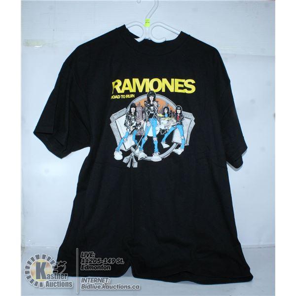 RAMONES ROAD TO RUIN BAND TEE. SIZE XL.