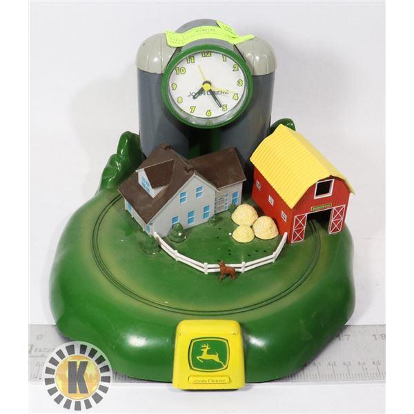 JOHN DEERE HOME DECOR WITH CLOCK
