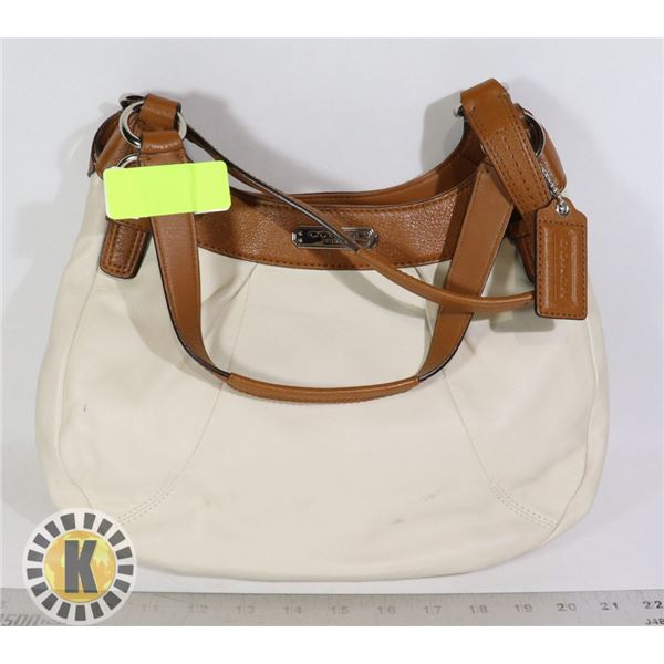 NEW COACH CREAM LEATHER BAG W WALLET