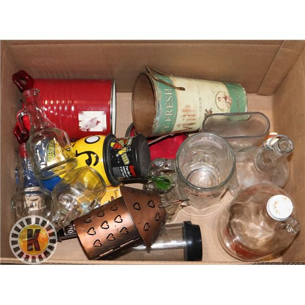 BOX OF COLLECTIBLE GLASSWARE AND CANS/TINS