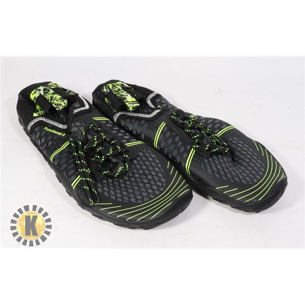 WATER SHOES SIZE 40