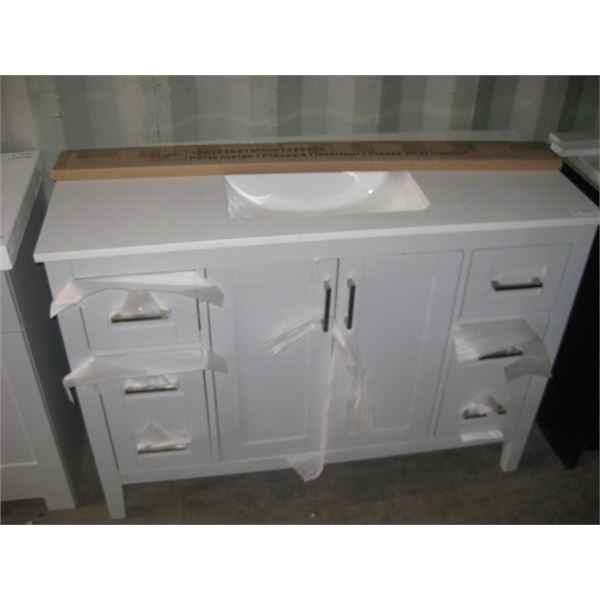 HOME DEPOT 1001320213 48 INCHDAMAGED MIDDLE DOORS / HANDLES PLEASE VIEW