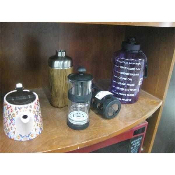 TEA POT / SHAKER / GLASS DRINKING BOTTLE / LARGE PLASTIC
