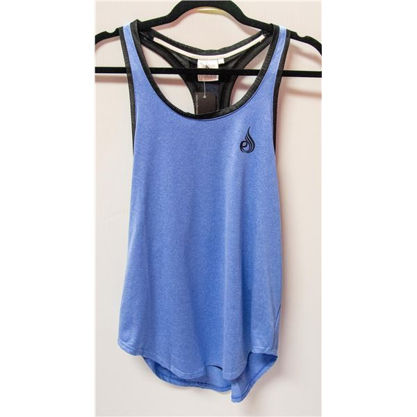 NEW RYDERWEAR TOP SIZE MED RETAIL $39.99