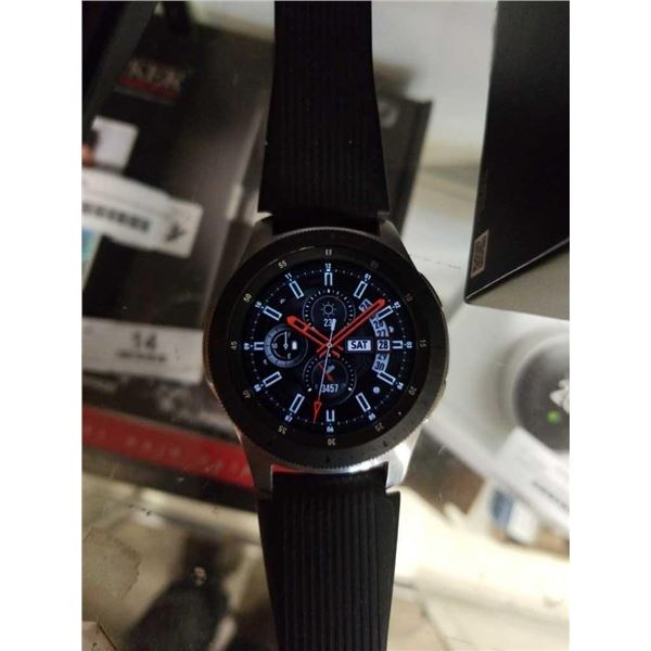 SAMSUNG GALAXY WATCH WITH CHARGER - WORKING