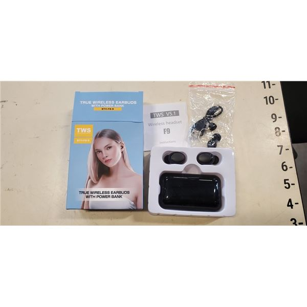 NEW TRULY WIRELESS STEREO TOUCH ENABLED EARBUDS WITH POWER BANK: 1 TOUCH PLAY/PAUSE, 2 TOUCH RIGHT P