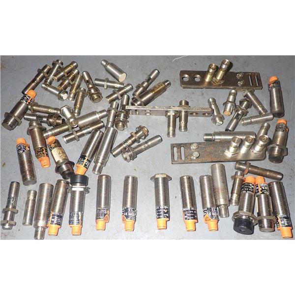 Lot of IFM Electronic Photoelectric Sensors +++