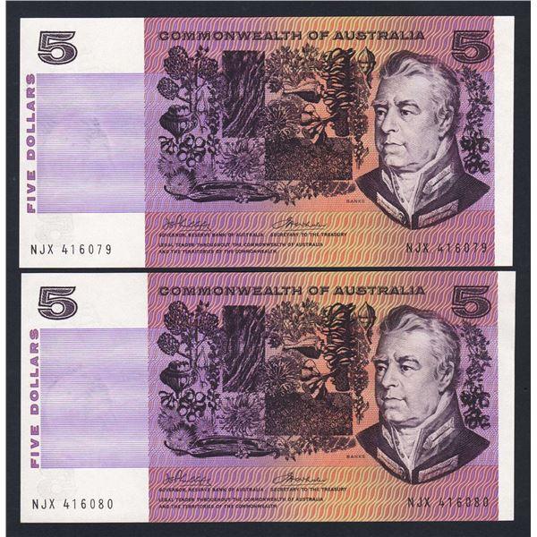 AUSTRALIA $5. 1972. Phillips-Wheeler. CONSECUTIVE PAIR
