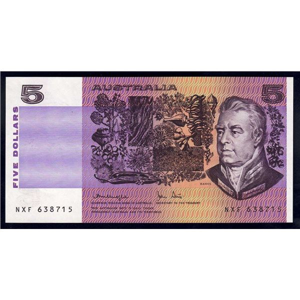 """AUSTRALIA $5. 1979. Knight-Stone. RARE 1ST PREFIX """"NXF"""""""