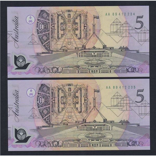 AUSTRALIA $5. 1992. Fraser-Cole. Pale Green Serial. CONSECUTIVE PAIR