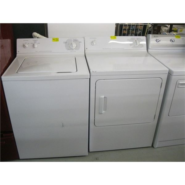 PAIR OF TOPLOAD WHITE GE WASHER & DRYER