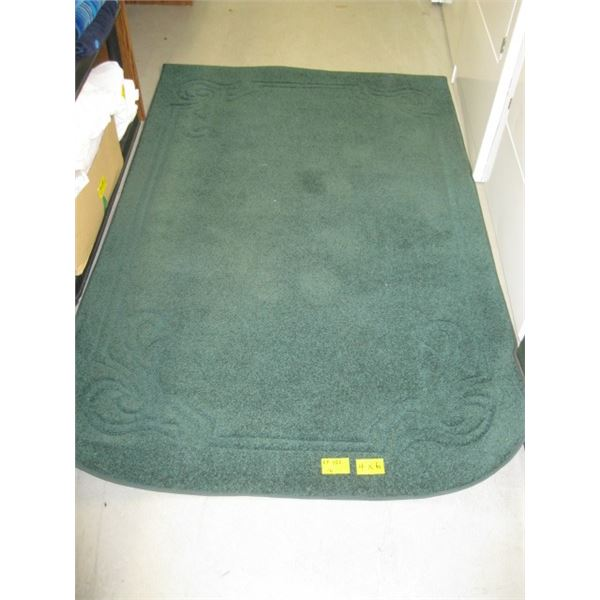 GREEN AREA CARPET, APPROX. 4'X6'