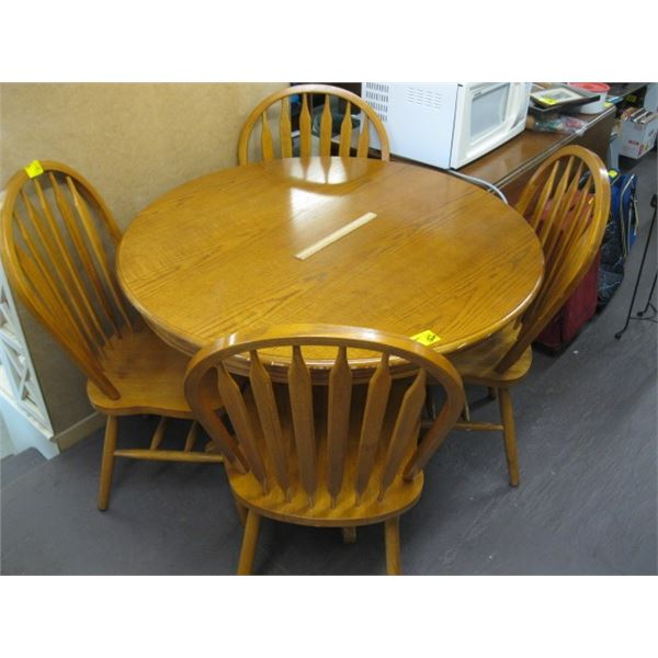 ROUND DINETTE TABLE WITH 4 ARROWBACK CHAIRS