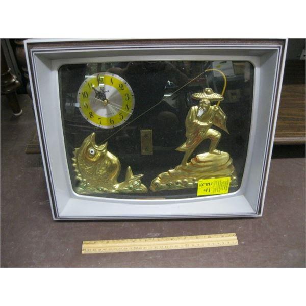 TV LOOK 3D CLOCK WITH ASIAN FISHERMEN