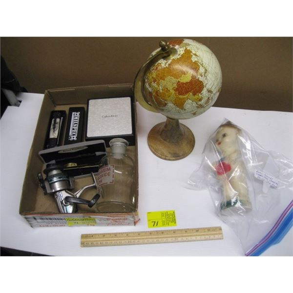 BOX OF MISC. SMALL GLOBE, NEW KNIFE, CHALKWARE, CARNIVAL PRIZE, ETC.