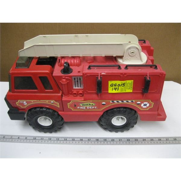 TONKA FIRE DEPT. METAL & PLASTIC FIRETRUCK