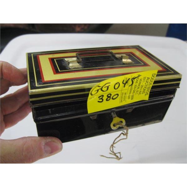 SMALL METAL LOCK BOX