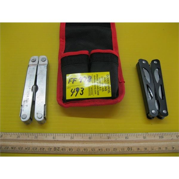 2 FOLDING UTILITY KNIVES, 1 IS A LEATHERMAN