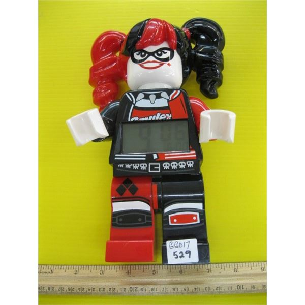 LEGO FIGURINE CLOCK