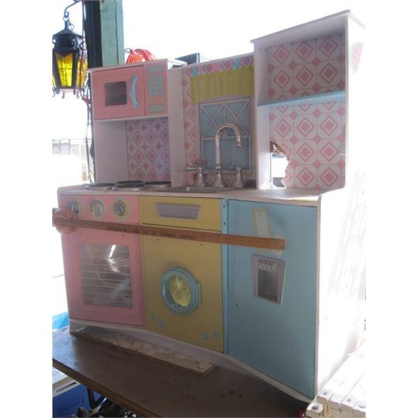 CHILD'S PLAY KITCHEN CENTER