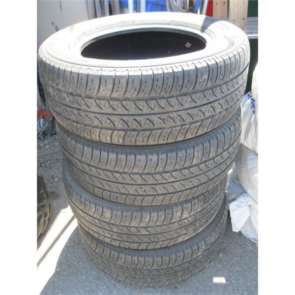 SET OF 4 22560R16 TIRES
