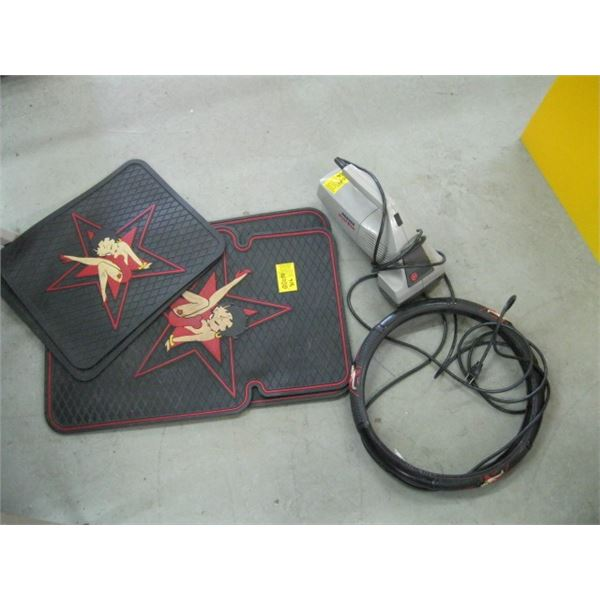 PAIR OF FLOOR MATS, STEERING WHEEL COVER & A HOOVER SMALL VACUUM