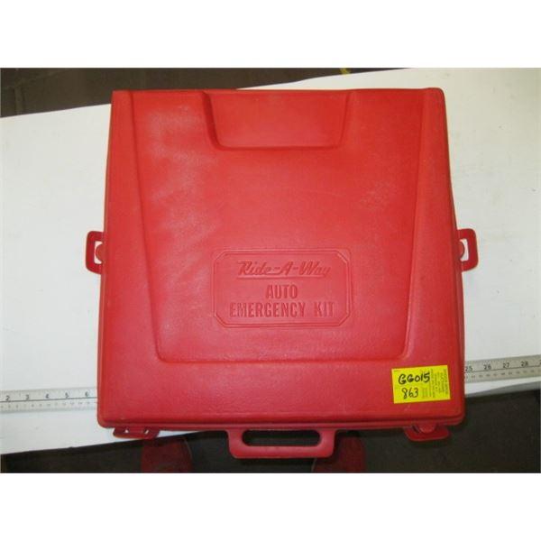 AUTO EMERGENCY SAFETY KIT