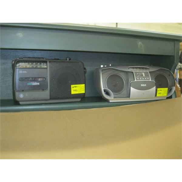 RCA CD PLAYER & A SMALL GE RADIO CASSETTE DECK