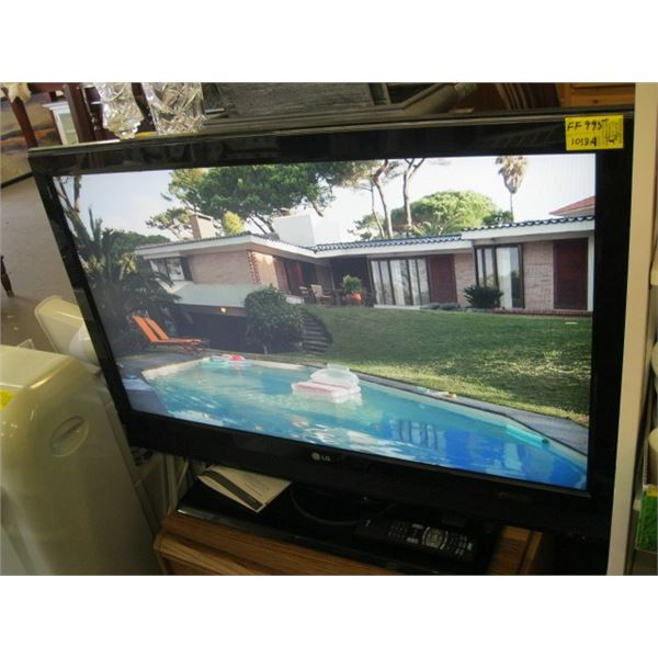 """LG 42"""" TV WITH REMOTE"""